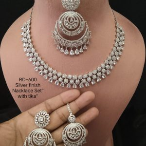 Necklace With Tika