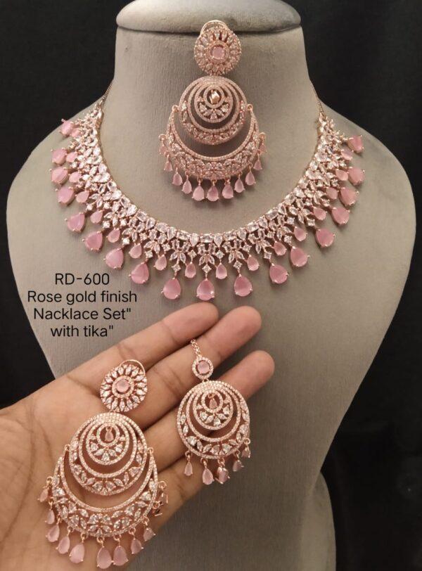 Necklace And Tika Set